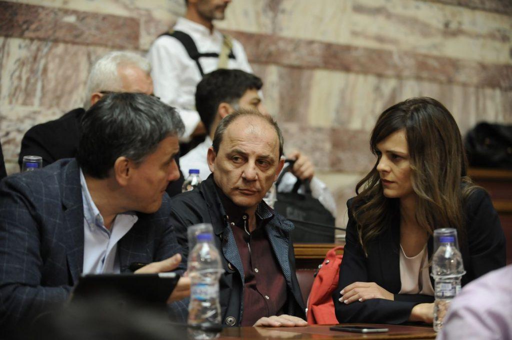 Η κυβέρνηση εξετάζει έξοδο στις αγορές πριν από τις 27 Ιουλίου | Pagenews.gr