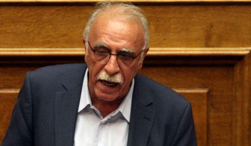 Δημήτρης Βίτσας: Δεν τίθεται θέμα παραίτησης του Γιάννη Μουζάλα | Pagenews.gr