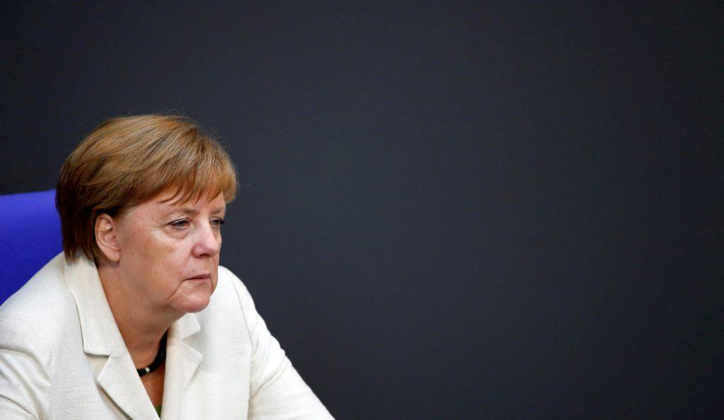 Merkel: Αξίζει να προσπαθήσουμε για μια ισχυρότερη Ευρώπη | Pagenews.gr