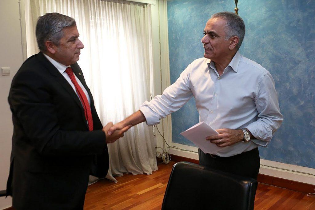 Συνάντηση Σκουρλέτη – Πατούλη για τους συμβασιούχους   Pagenews.gr