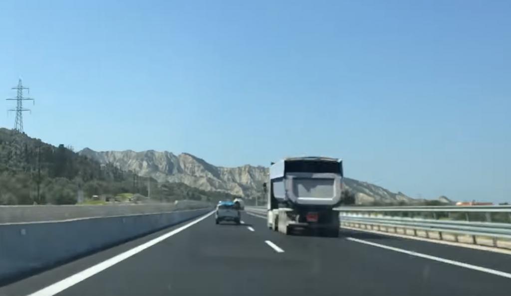Δείτε πώς είναι η νέα εθνική οδός Κορίνθου-Πατρών (vid) | Pagenews.gr