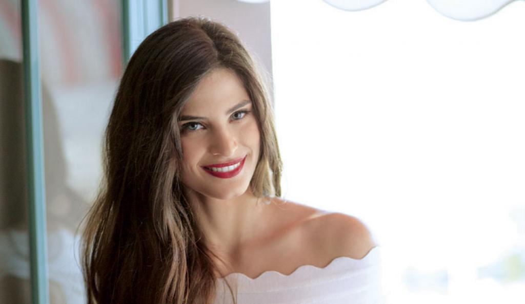 Το σέξι διχτυωτό μαγιό της Χριστίνας Μπόμπα (pic) | Pagenews.gr