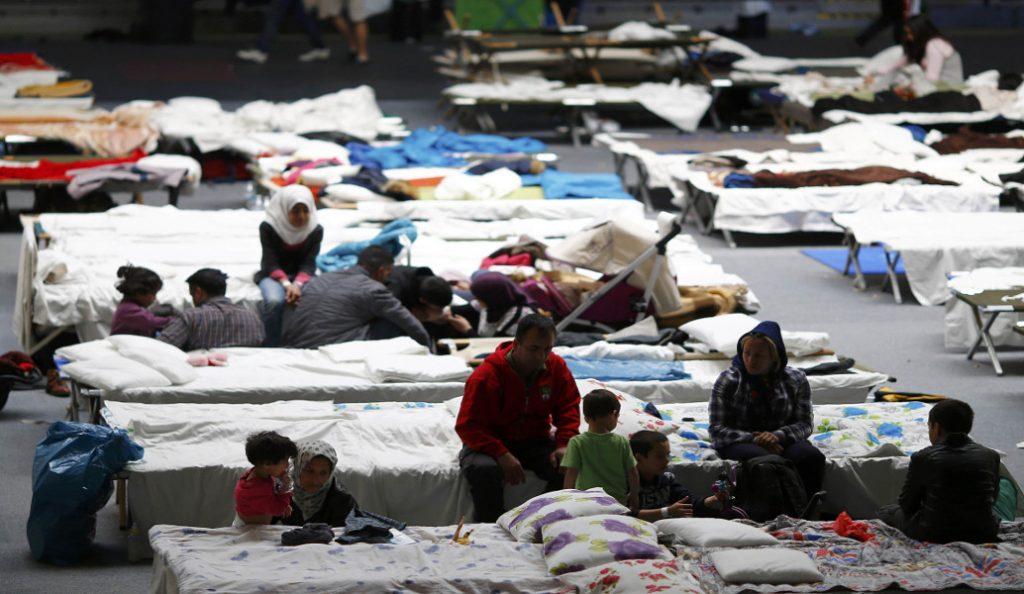 Καταγγελίες στην Ευρωβουλή για κακοδιαχείριση των πόρων για το προσφυγικό | Pagenews.gr