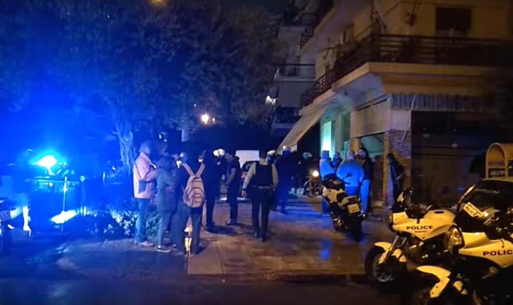Φάληρο: Πυροβολισμοί για τα μάτια μιας γυναίκας – Έτρεχε χτυπημένος ο νεαρός | Pagenews.gr
