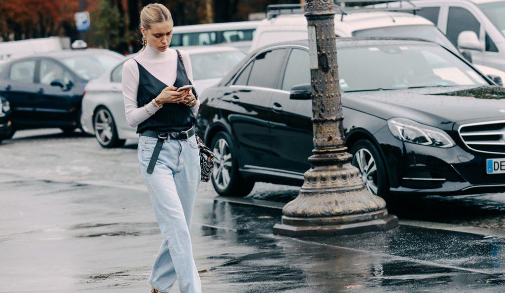 Τα τζιν που θα φορεθούν πιο πολύ φέτος την Άνοιξη – Διαφορετικά, με λεπτομέρειες (pics) | Pagenews.gr