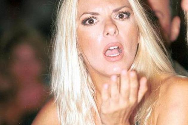 Η Αννίτα σε βίντεο πολυπληθούς ερωτικής συνεύρεσης – Δείτε το βίντεο! | Pagenews.gr