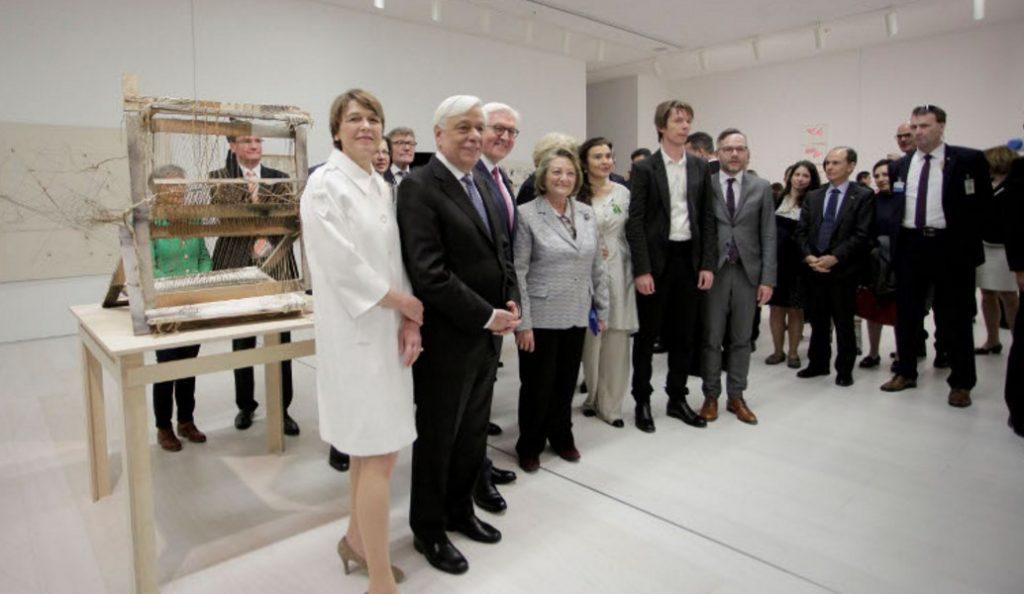 Παυλόπουλος και Σταϊνμάιερ εγκαινίασαν την έκθεση documenta 14 (pics) | Pagenews.gr