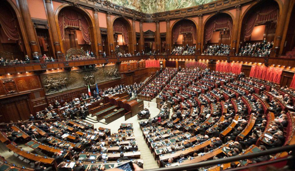 H ιταλική Βουλή ενέκρινε τον νέο νόμο για το μεταναστευτικό   Pagenews.gr