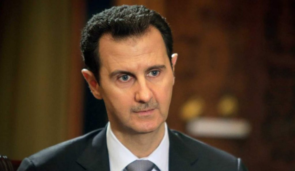 Σπάνια δημόσια εμφάνιση του Άσαντ,  έξω από τη Δαμασκό | Pagenews.gr