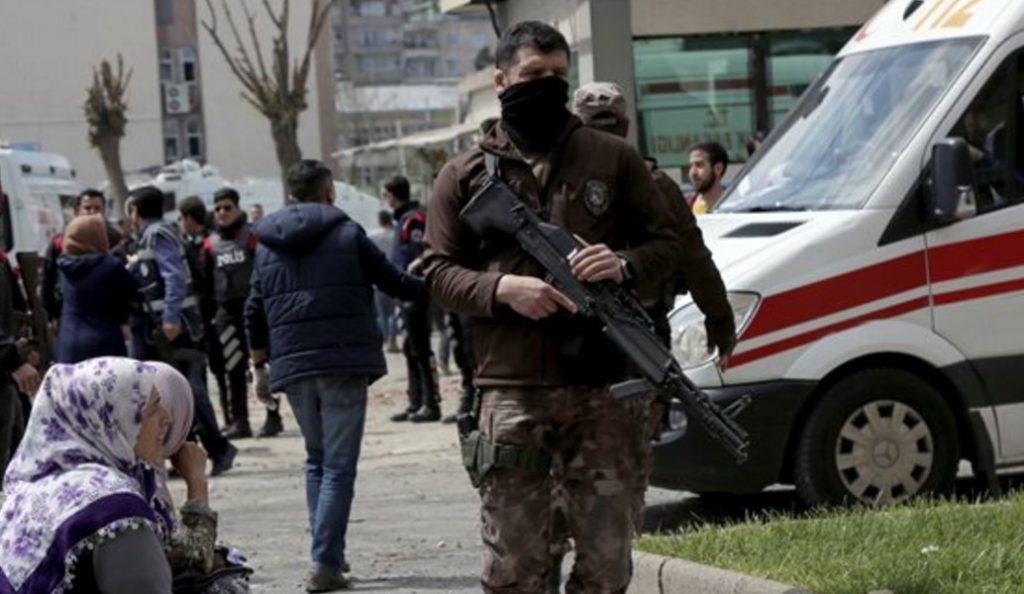 Τουρκία: Νεκρός από σφαίρα ο γιος του πρώην πρωθυπουργού Μεσούτ Γιλμάζ | Pagenews.gr
