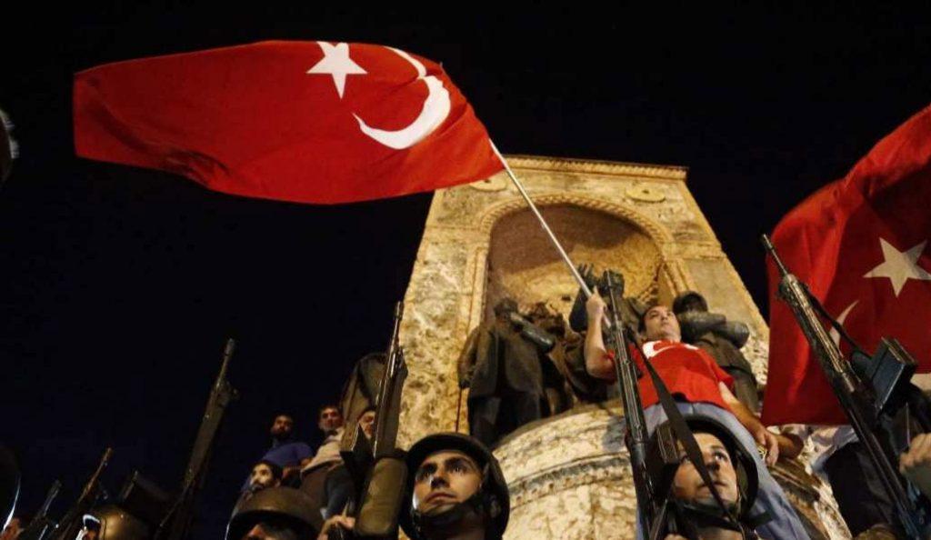 Άγκυρα: Το πραξικόπημα δεν ήταν σκηνοθετημένο – Το απέτρεψε ο λαός | Pagenews.gr