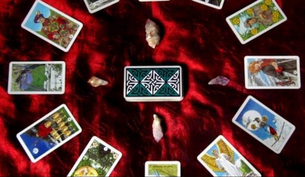 Ερωτική αστρολογική Ταρώ Παρασκευής !   Pagenews.gr