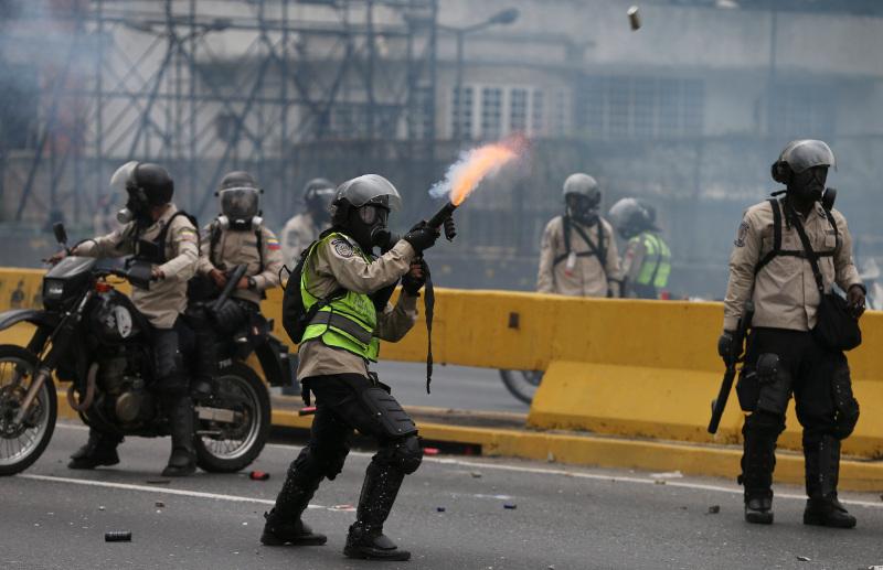 Βενεζουέλα: Χιλιάδες διαδηλωτές στους δρόμους του Καράκας | Pagenews.gr