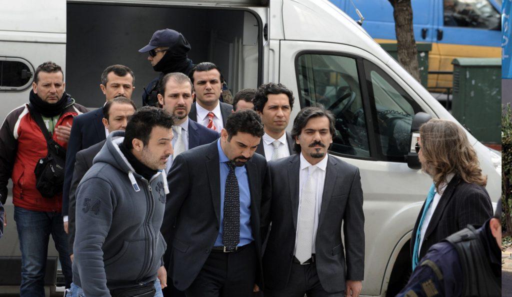 «Όχι» στην έκδοση τριών ακόμη Τούρκων αξιωματικών   Pagenews.gr