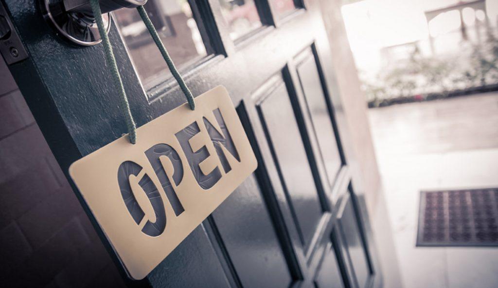 Τι αλλάζει με τη συμφωνία: 30 Κυριακές τον χρόνο ανοιχτά τα καταστήματα σε τουριστικές περιοχές | Pagenews.gr