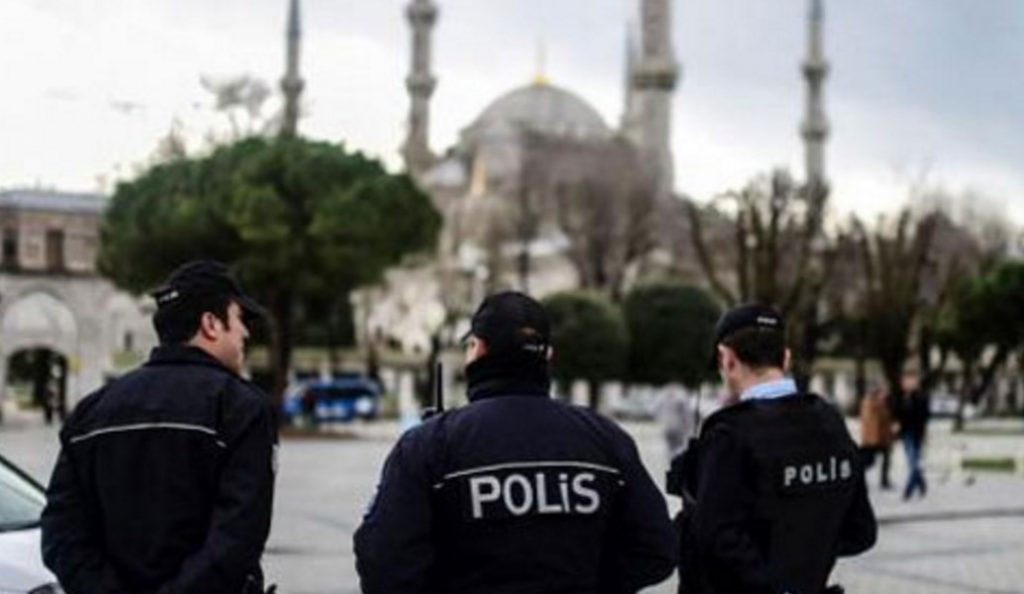 Τουρκία: 2 γυναίκες πηδούν στο κενό από φλεγόμενο όροφο ξενοδοχείου (vid) | Pagenews.gr