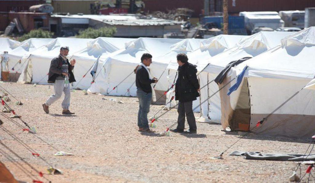 Επεισόδια ανάμεσα σε φαμίλιες από τη Συρία και το Ιράκ στον καταυλισμό της Σούδας   Pagenews.gr
