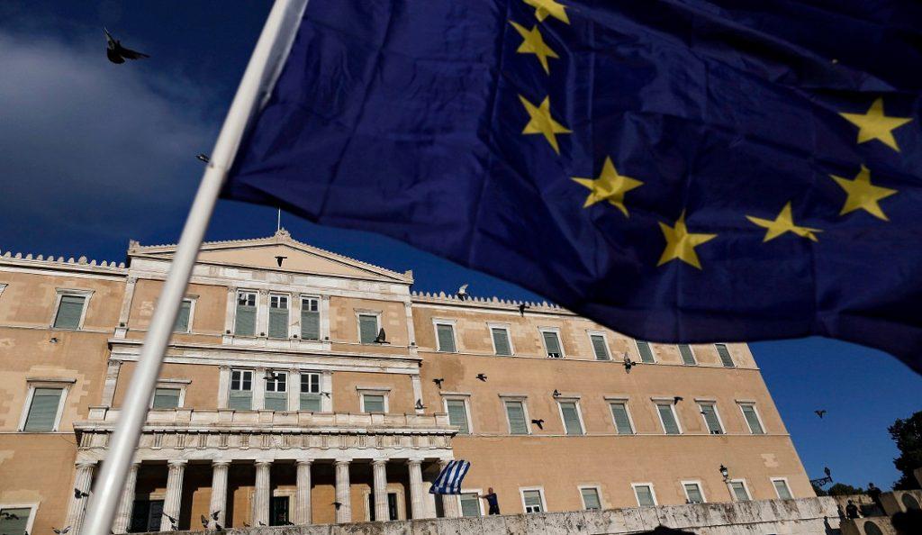 Ανέβηκαν οι τόνοι στη Βουλή με αφορμή το κλείσιμο της συμφωνίας | Pagenews.gr