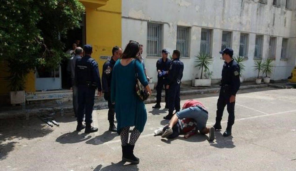 Τεταμένη η κατάσταση στην Καλαμάτα: Πρόσφυγες απείλησαν να αυτοκτονήσουν (pics & vids) | Pagenews.gr