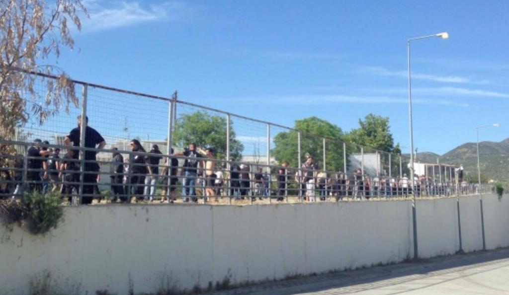 Η άφιξη των οπαδών του ΠΑΟΚ στο Πανθεσσαλικό (vid & pics) | Pagenews.gr