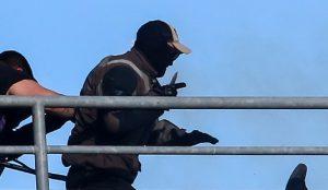 Ξέφυγε η κατάσταση στην Πάτρα με τα οπαδικά – Επίθεση με μαχαίρι | Pagenews.gr