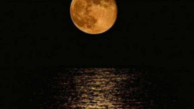 Έρχονται πολύ ερωτικά φεγγάρια τις επόμενες μέρες ! Δείτε για ποια ζώδια ! | Pagenews.gr