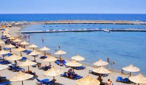 Αλκοόλ: Γιατί δεν πρέπει να πίνετε στις παραλίες | Pagenews.gr