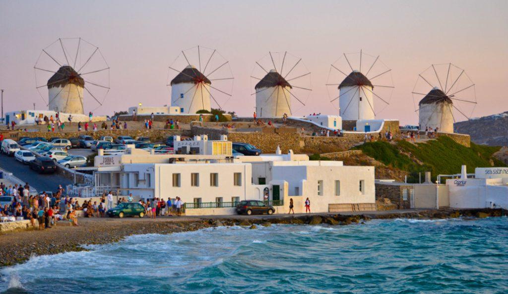 Politico για Μύκονο: Το ελληνικό νησί του… παραλόγου | Pagenews.gr