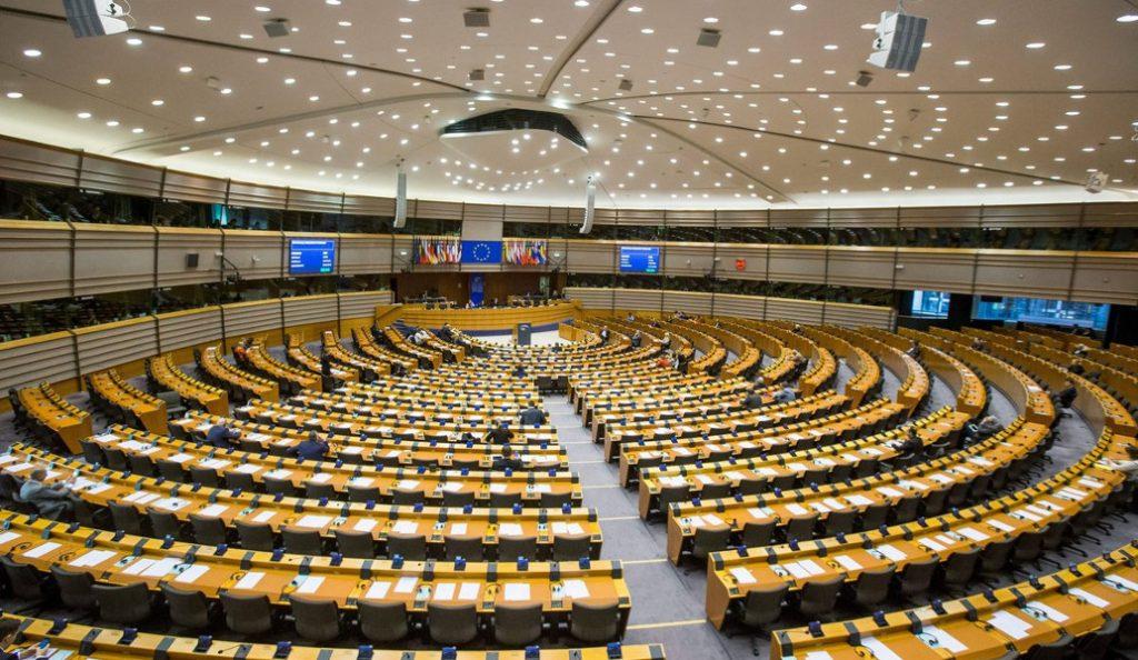 Ευρωπαϊκό Κοινοβούλιο: Ζητά την κατάργηση της θερινής ώρας | Pagenews.gr