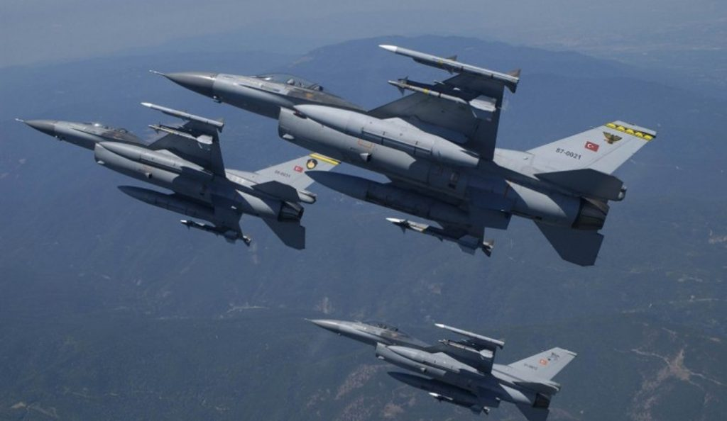 Λευκωσία: Πτήσεις τουρκικών αεροσκαφών πάνω από την πρωτεύουσα της Κύπρου   Pagenews.gr