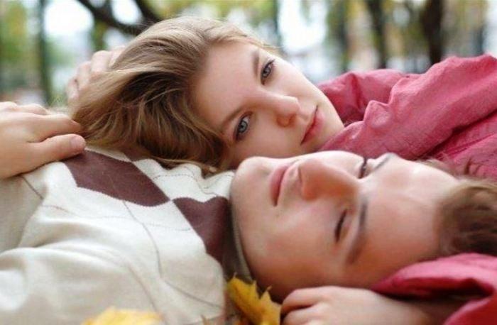 Πώς θα καταλάβεις ότι σε έχει ερωτευτεί ο άντρας που θέλεις;   Pagenews.gr