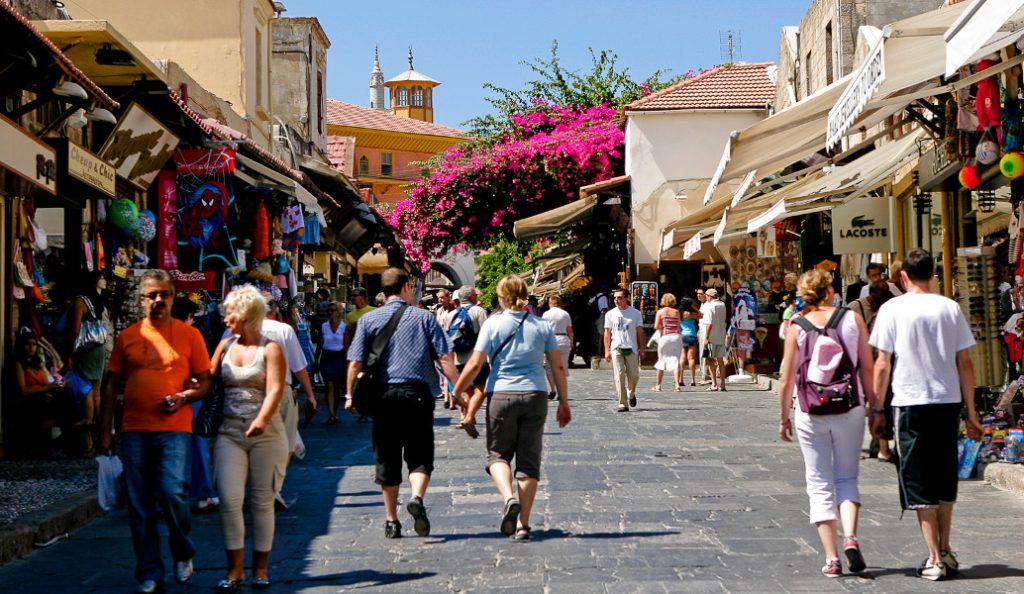 Αυξήθηκε ο τουρισμός τον Ιανουάριο του 2018, αλλά μειώθηκαν τα κέρδη | Pagenews.gr