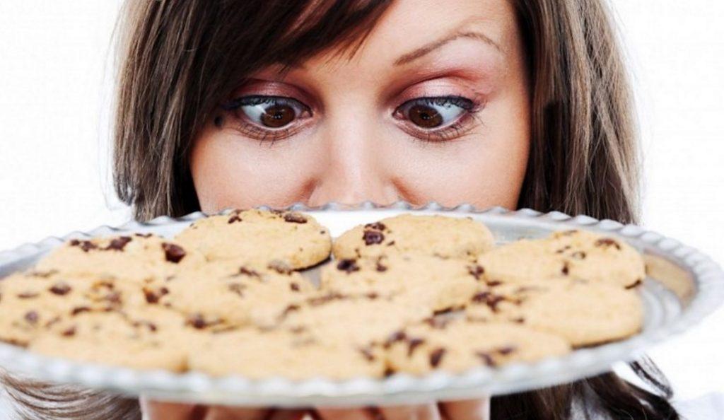 O πιο αποτελεσματικός τρόπος να αντιμετωπίσεις την εμμονή σου με το φαγητό | Pagenews.gr