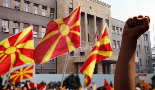 Δημοψήφισμα στα Σκόπια: Άνοιξαν οι κάλπες – «Κλειδί» το ποσοστό συμμετοχής | Pagenews.gr