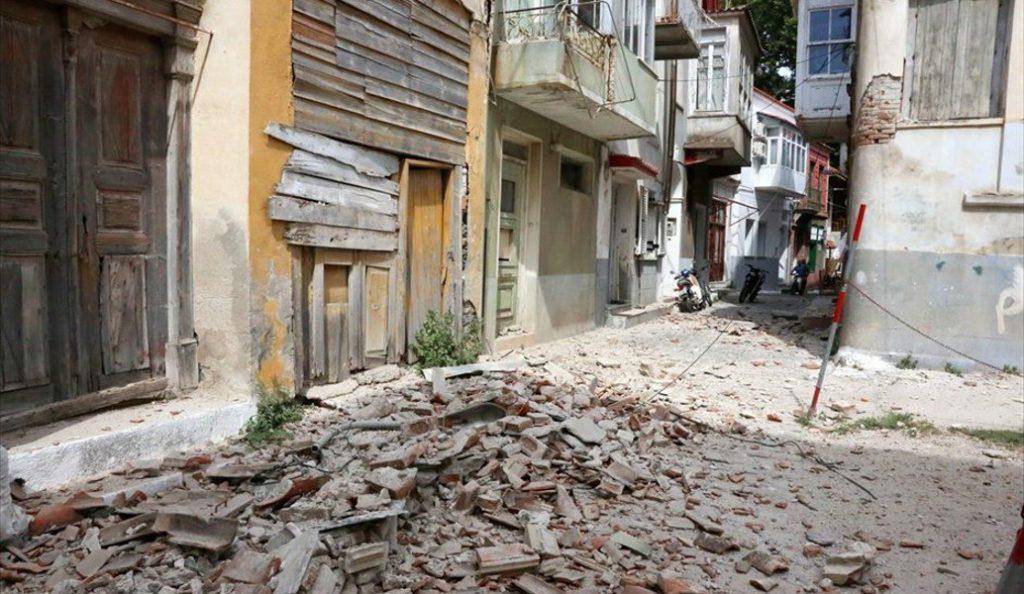 Σύσκεψη για την αντιμετώπιση των προβλημάτων από τον σεισμό στη Λέσβο   Pagenews.gr