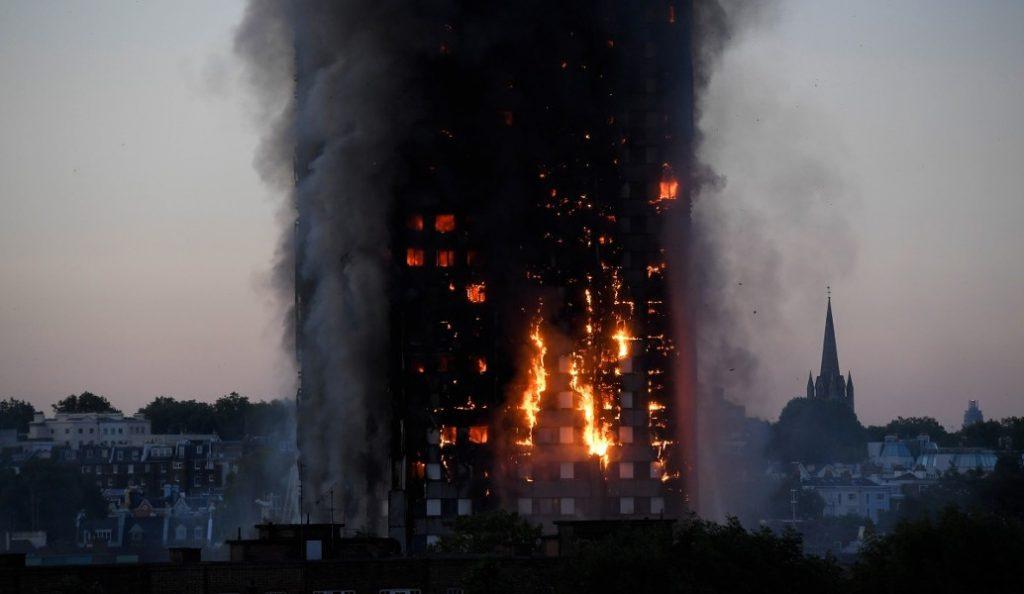 Επιβεβαίωση από τη βρετανική αστυνομία: Από ελαττωματικό ψυγείο η πυρκαγιά στον Πύργο Γκρένφελ | Pagenews.gr