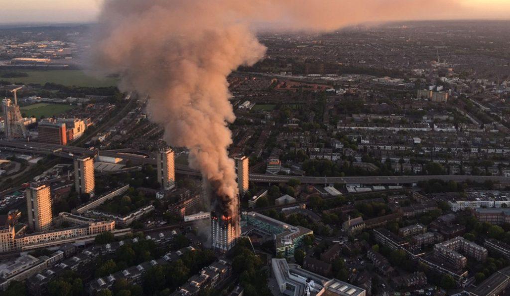 Περισσότεροι από 58 οι αγνοούμενοι από τη φωτιά στο Λονδίνο | Pagenews.gr