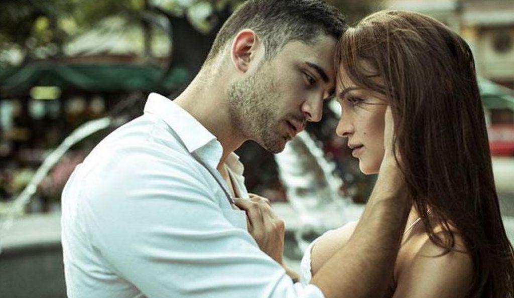 Ποια ζευγάρια ζουν μόνο για το πάθος;   Pagenews.gr