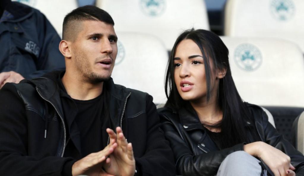Παντρεύτηκε την πανέμορφη Ισμήνη ο Καρέλης! (pic) | Pagenews.gr