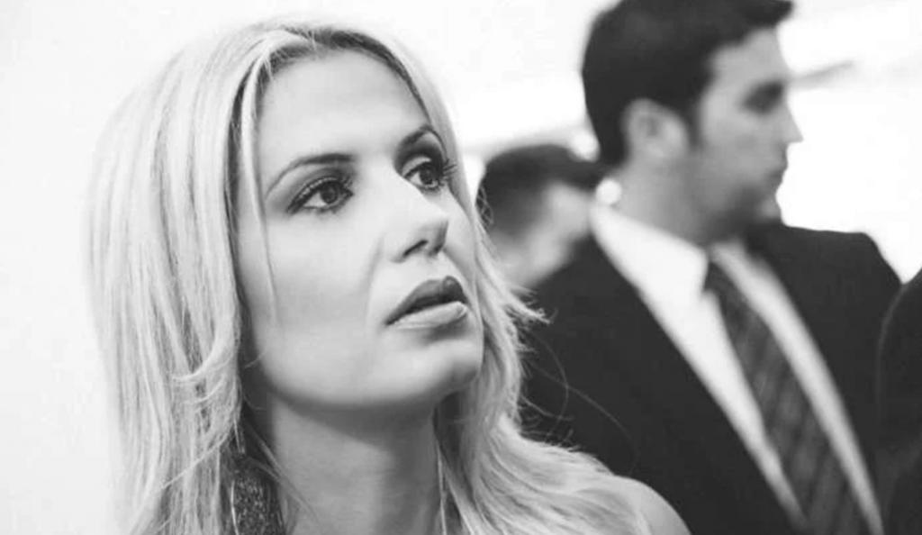 Η σέξι δημοσιογράφος του STAR που δεν περνά απαρατήρητη (pics) | Pagenews.gr