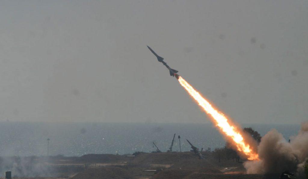 Ιρανικά αντίποινα: Πυραυλικές επιθέσεις σε θέσεις του ISIS στη Συρία (vid)   Pagenews.gr