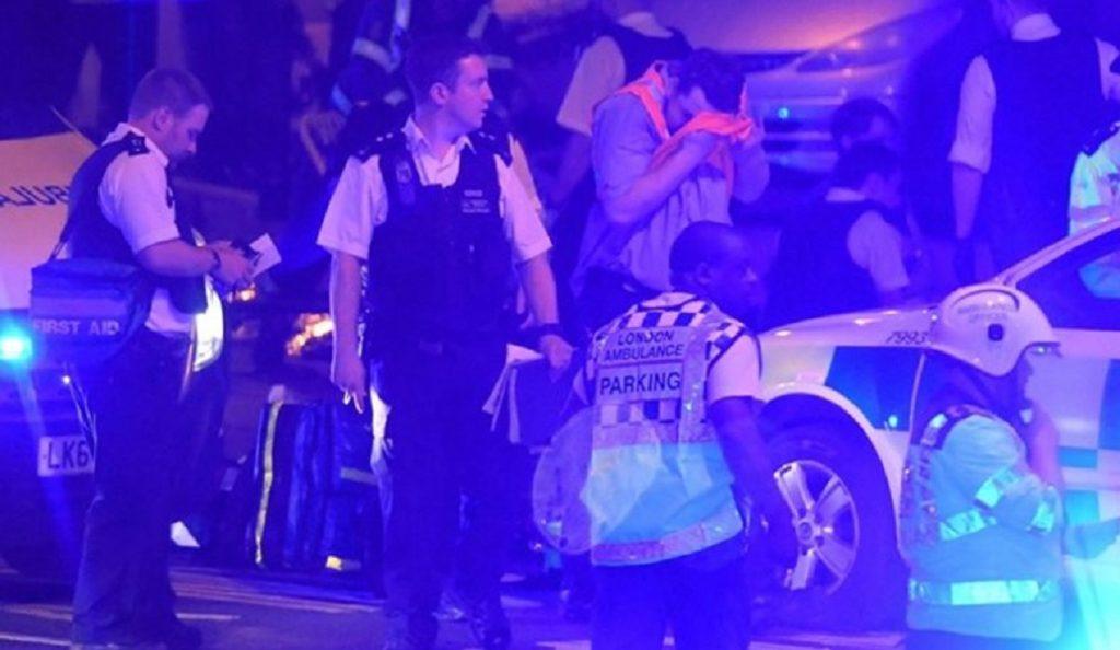 Λονδίνο: «Θέλω να σκοτώσω όλους τους μουσουλμάνους», φώναζε ο δράστης της επίθεσης (pics&vid) | Pagenews.gr