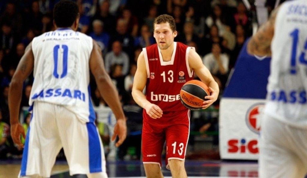 Στρέλνιεκς: «Δεν λες όχι στον Ολυμπιακό» | Pagenews.gr