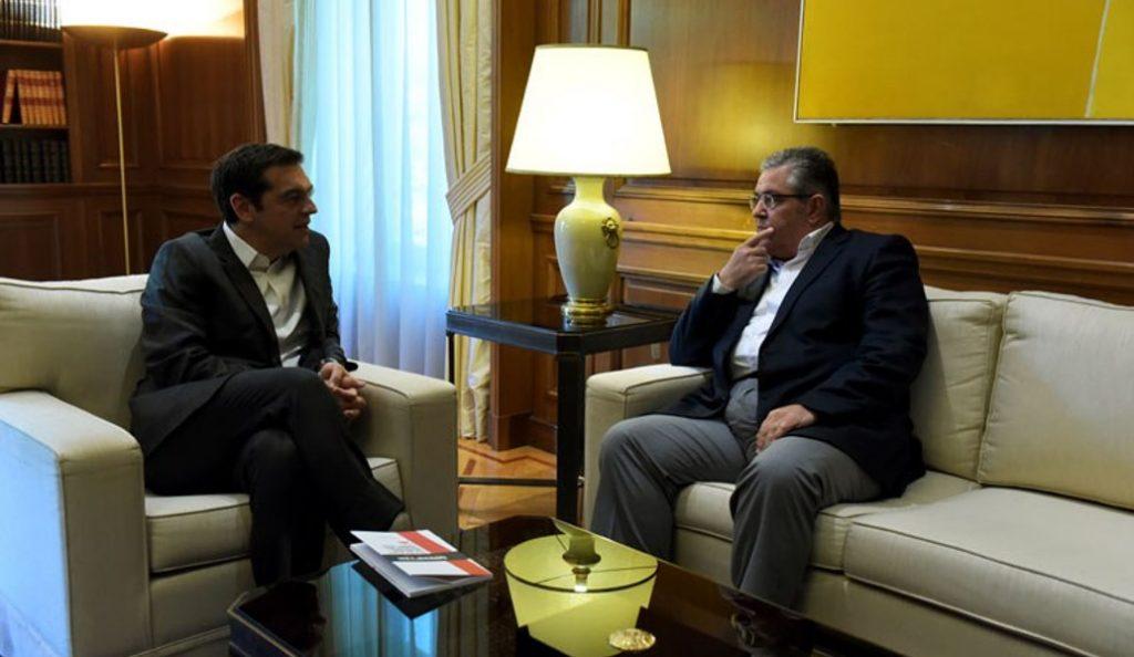 Το «καρφί» Κουτσούμπα στον Τσίπρα: Η Οκτωβριανή ήταν πραγματική επανάσταση (vid) | Pagenews.gr