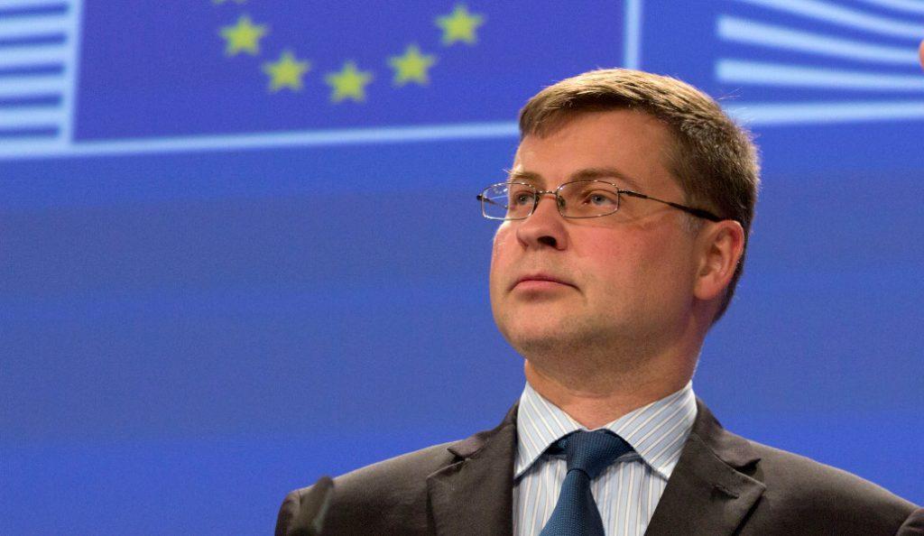 Ντομπρόβσκις: Ελπίζει σε συμφωνία στο Eurogroup της 21ης Ιουνίου   Pagenews.gr