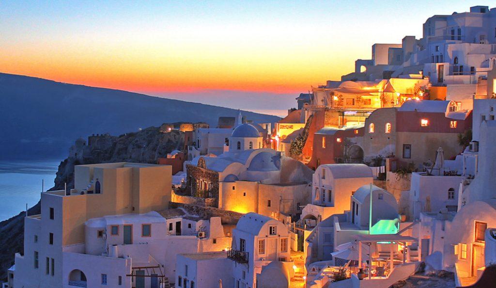 2,6 εκατ. τουρίστες επισκέφθηκαν την Ελλάδα το πρώτο τετράμηνο του έτους   Pagenews.gr
