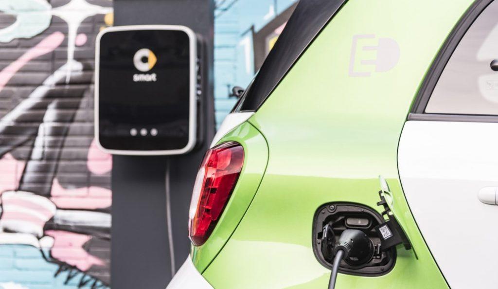 Η Κίνα καλωσορίζει τα παγκόσμια ηλεκτρικά οχήματα   Pagenews.gr