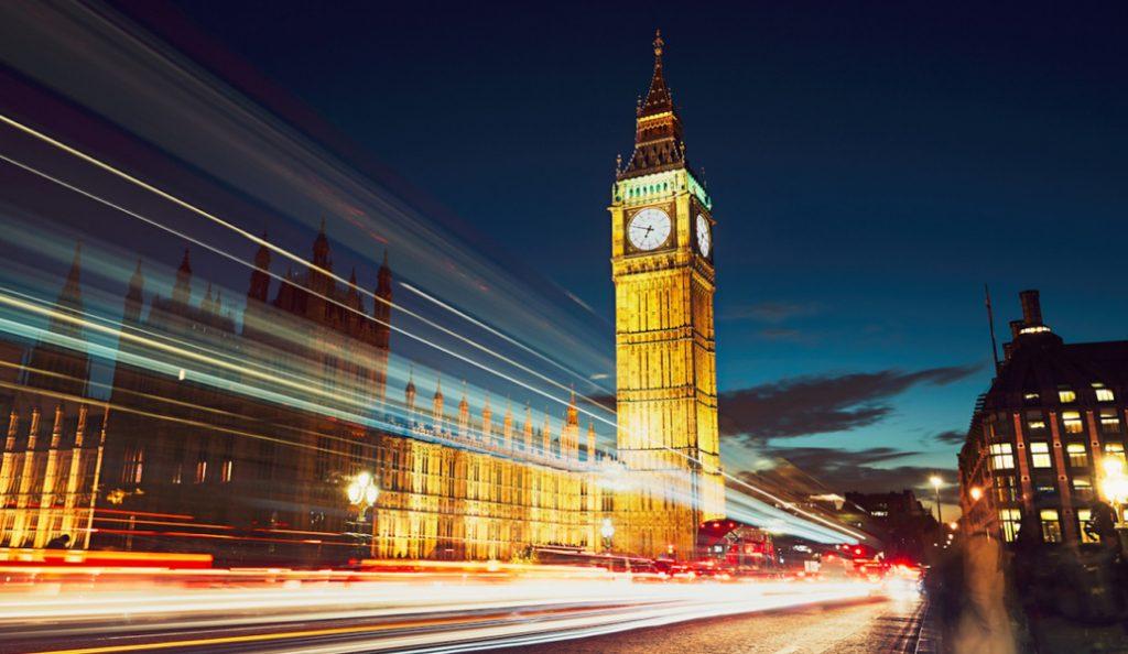 Βρετανία: Περιορίστηκαν οι καταναλωτικές δαπάνες τον Οκτώβριο | Pagenews.gr