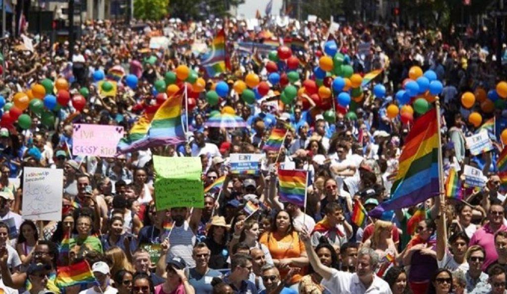 ΗΠΑ: «Πράσινο φως» σε καταστηματάρχες να μην εξυπηρετούν ομοφυλόφιλους | Pagenews.gr