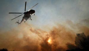 Μεγάλη φωτιά στην Κινέτα – Εγκαταλείπουν τα σπίτια τους οι κάτοικοι – Καπνός πνίγει όλη την Αθήνα | Pagenews.gr